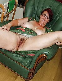 xhamstercom brunette hairy wife milfs