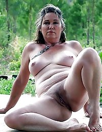 chubby hairy wife cums alot